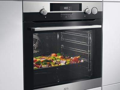 AEG SteamCrisp Backofen